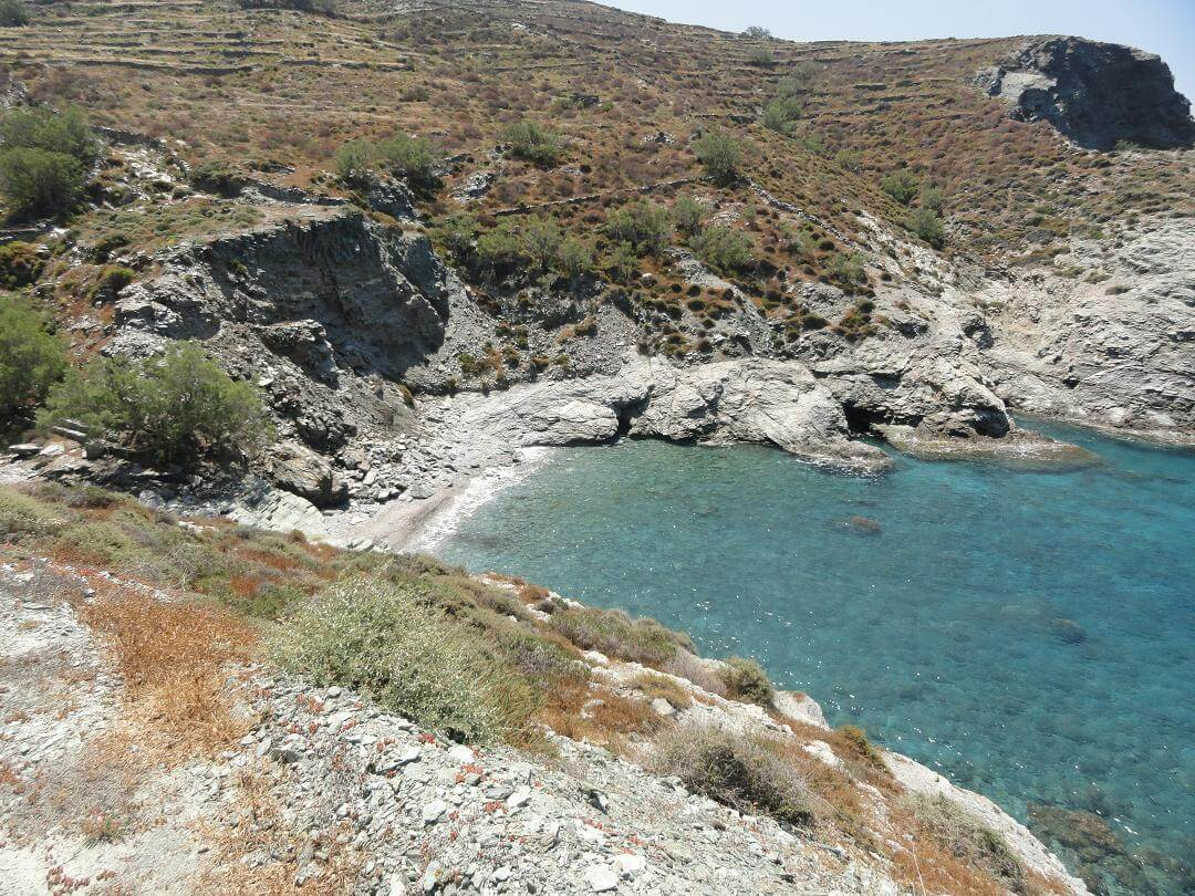 ampeli-beach