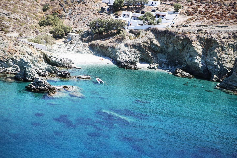 diaplous-travel-beaches-galifos-1