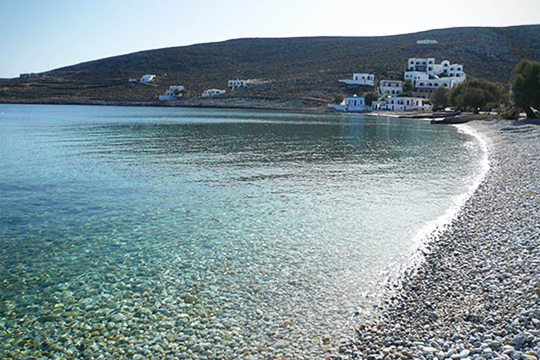 diaplous-travel-beaches-karavostasi-5