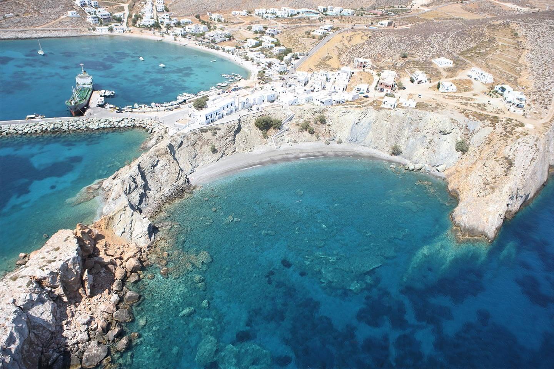 diaplous-travel-beaches-vardia-2