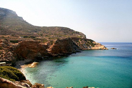 fira-beach-folegandros-diaplous-travel-tickets