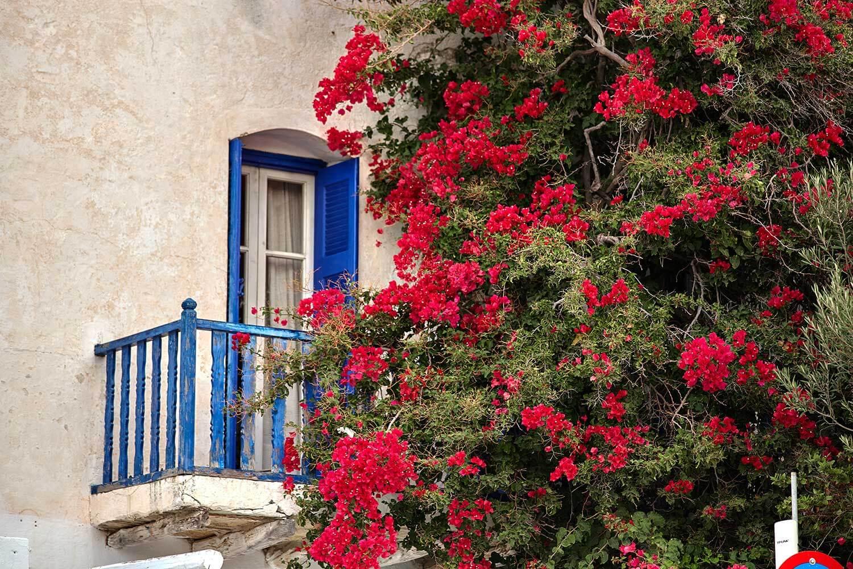 folegandros-diaplous-travel-tickets-the-island1